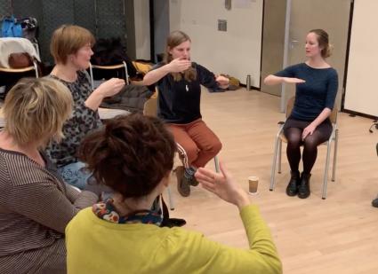 Studenten Vocal Leadership oefenen met Vocal Painting
